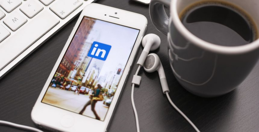 Networking on LinkedIn How to Create Meaningful Connections Online